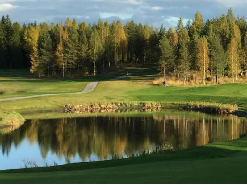 Enjoy fantastic golf at Pirkkala Golf in Pirkkala, Finland