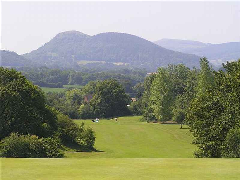 Golf is not just a summer sport! Play great golf at Arscott Golf Club in Shropshire, England