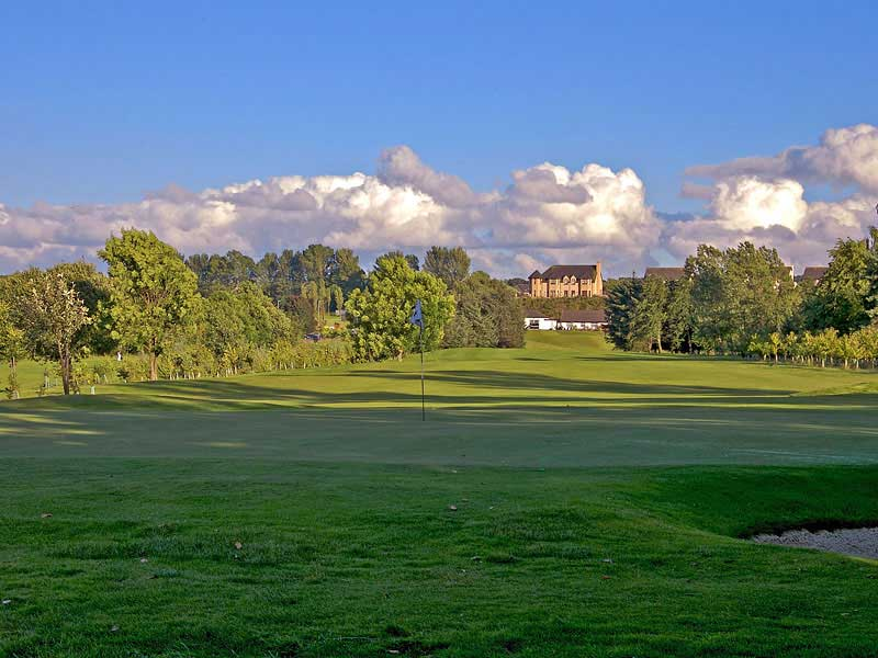 Visiting Scotland this summer and want to play some golf then book Falkirk Golf Club, Sterlingshire