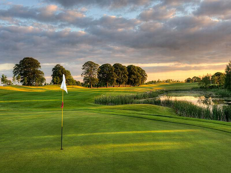 Play this great parkland course Knightsbrook Golf Club in County Meath with Open Fairways