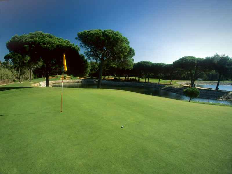 Play in the sun at the beautiful Quinta da Marinha Resort in Lisbon, Portugal