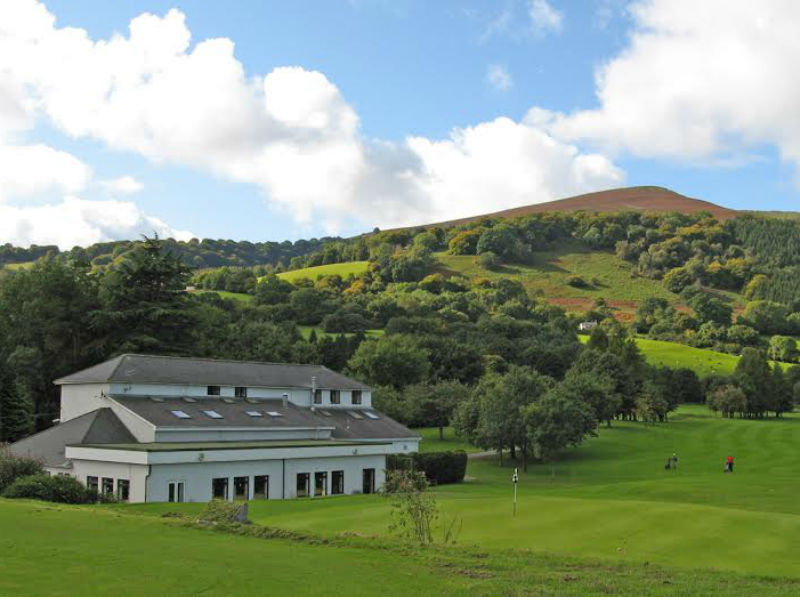 Play golf at the beautiful Monmouthshire Golf Club in Wales this year with Open Fairways