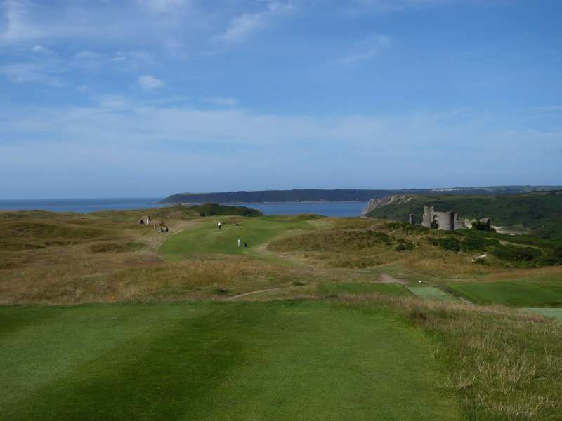 Play quality golf at the beautiful Pennard Golf Club in Swansea, Wales