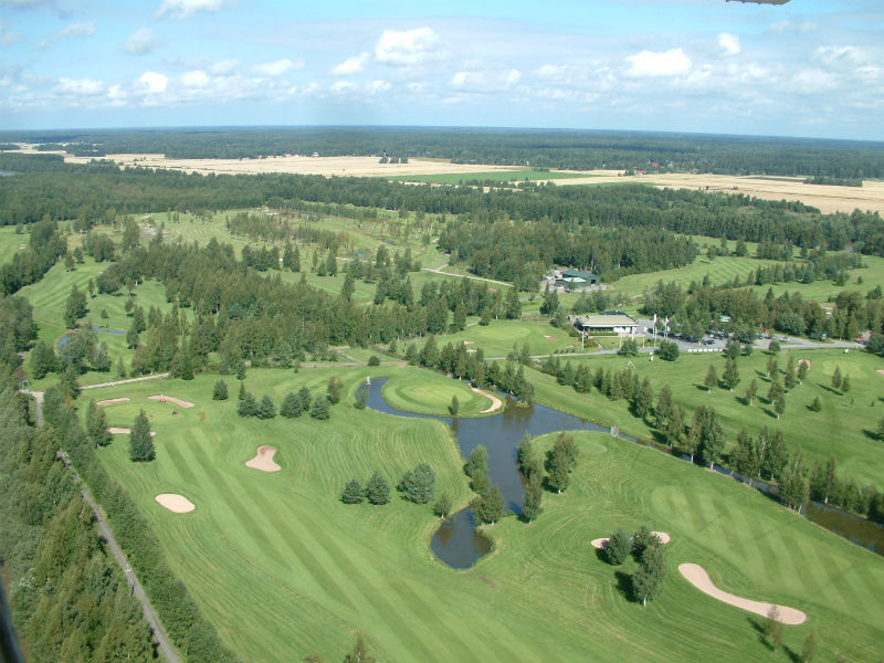Want a challenging but beautiful game of golf play Porin Golfkerho - Kalafornia, Finland