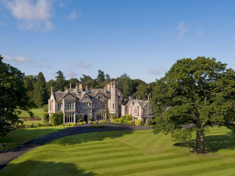 Come and explore great golf at the beautiful SCHLOSS Roxburghe Hotel & Golf Course in Scotland
