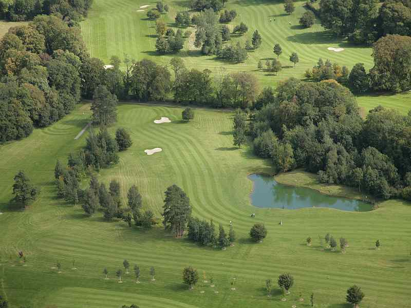 Travelling throughout Ireland check out the beautiful Tullamore Golf Club in Offaly, Ireland