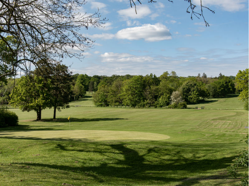 Look no further for some great Winter golf at the beautiful Whitewebbs Park Golf Club in Middlesex